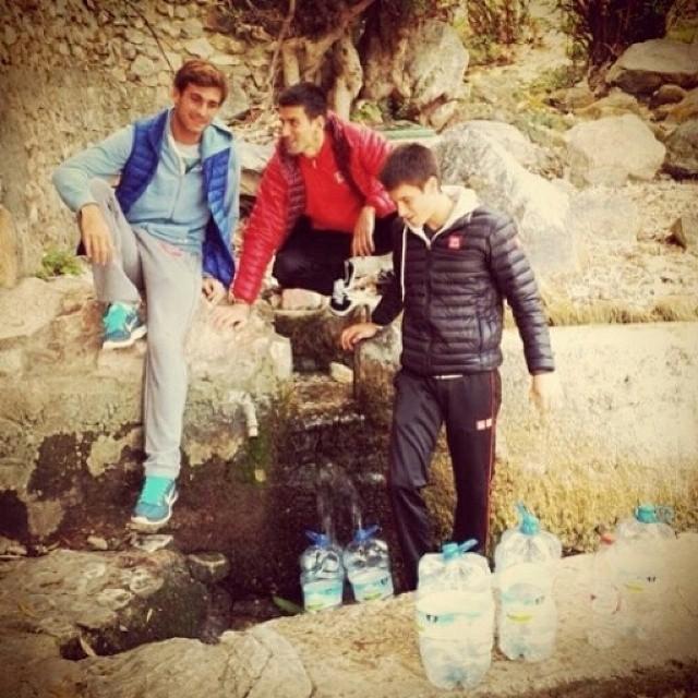 Vesi vanhin voitehista. Myös @djokovic_official tietää sen. #djoker #springwater #tennis #oulu #regram
